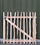 Chestnut fence rails 8cm Entrance 90cm x 120cm_
